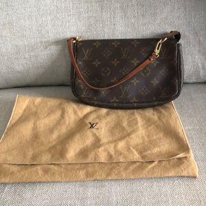 Louis Vuitton small Pochette